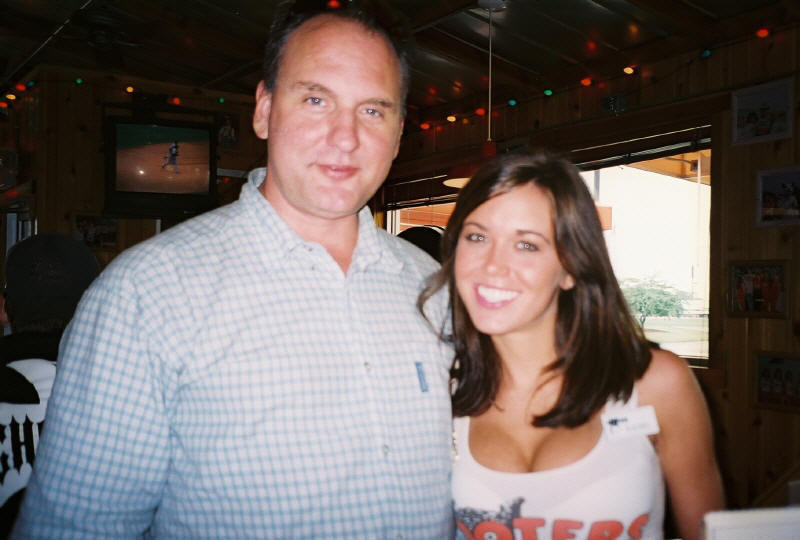 Paul with Janesville Hooters girl