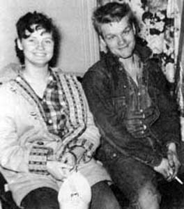 charles starkwether homicide In 1958 nebraska 19 year old garbageman charles starkweather goes on a murder spree with his 14 year old girlfriend caril ann fugate killing 11 people in three months, introducing america to spree killing director: byron werner  stars: brent taylor, shannon lucio, jerry kroll.